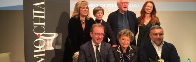 Il Chiara alla carriera alla signora delle scrittrici italiane (da VareseNews)