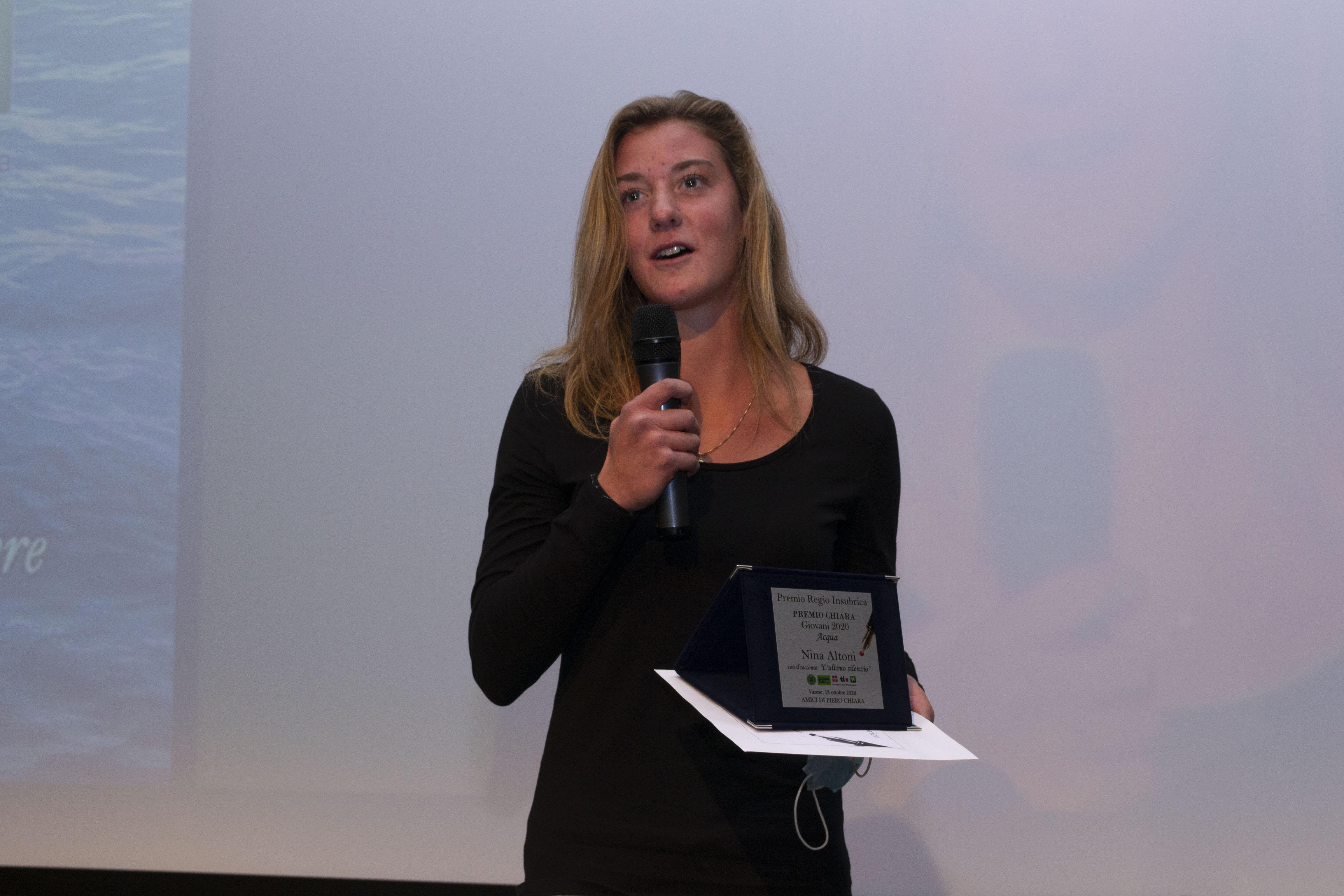 Nina Altoni Premio Regio Insubrica al Chiara Giovani 2020