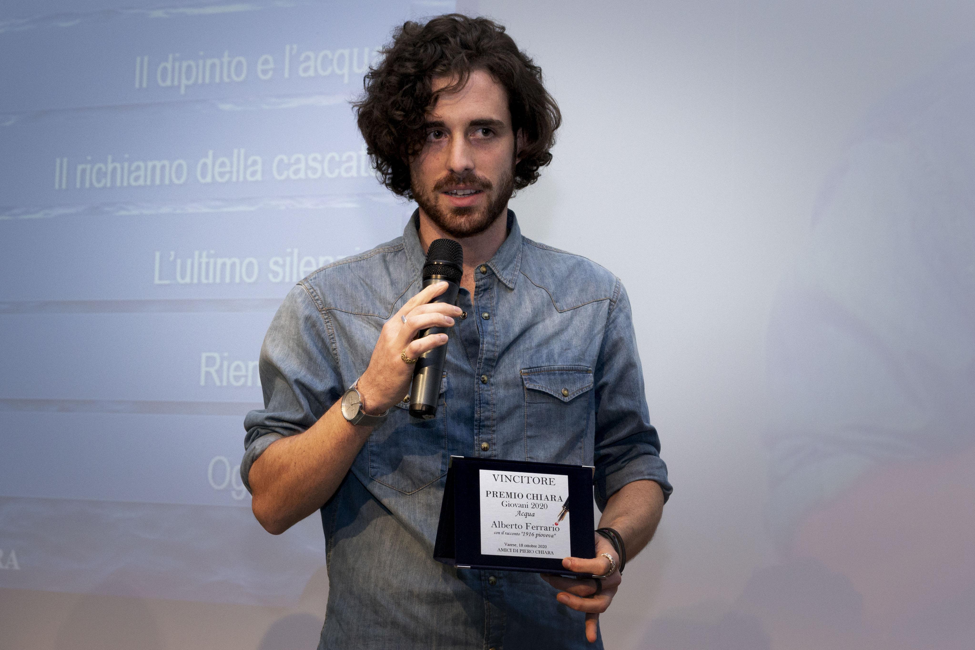 Alberto Ferrario Vincitore Premio Chiara Giovani 2020